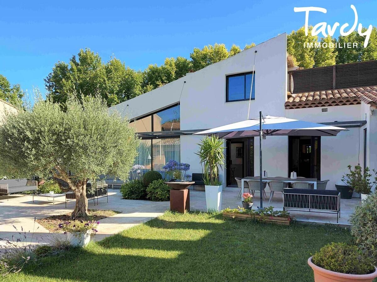 A 20 minutes d'Aix en Provence Maison de ville contemporaine - Aix-en-Provence