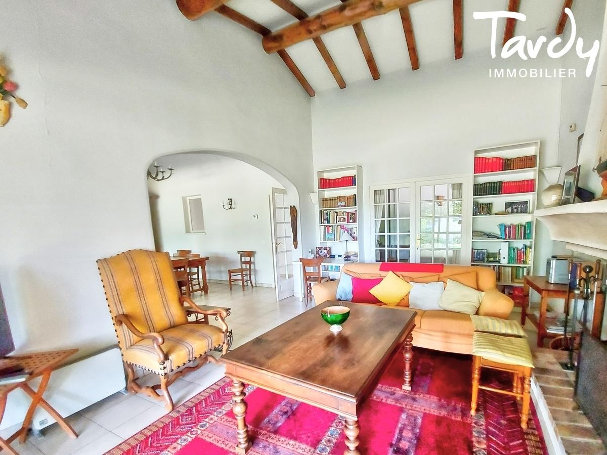 Villa de plain pied proche toutes commodités - Proximité 84160 Lourmarin - Lourmarin
