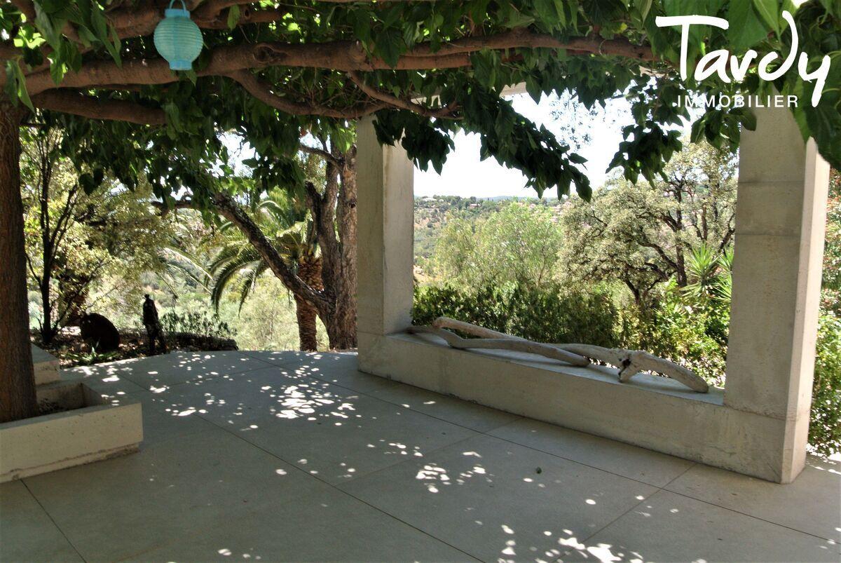 Villa contemporaine, campagne vue mer - 83230 Bormes les Mimosas Le Lavandou - Bormes-les-Mimosas