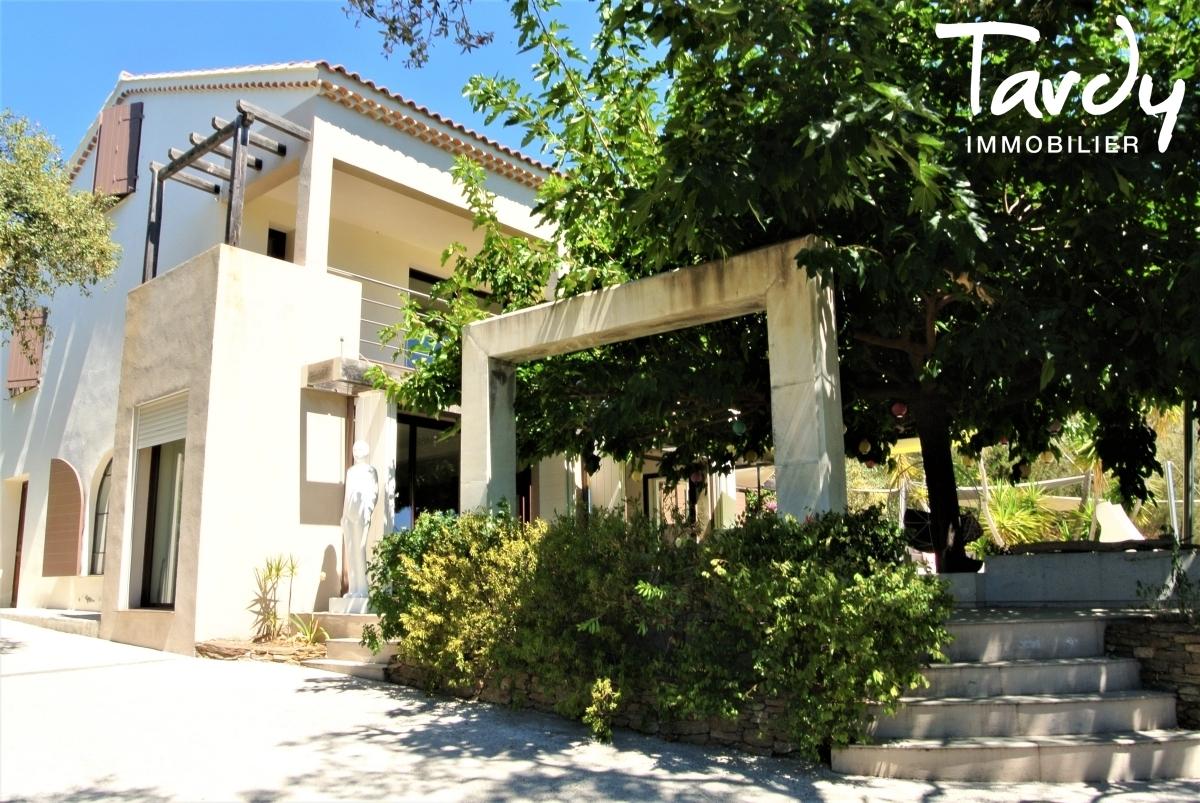 Villa contemporaine, campagne vue mer - 83230 Bormes les Mimosas Le Lavandou - Bormes-les-Mimosas - Villa vue mer