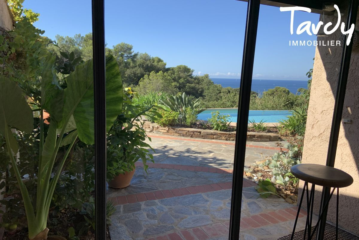 Villa vue mer domaine privé et accès mer - Les Bonnettes 83220 Le Pradet - Le Pradet - Domaine privé