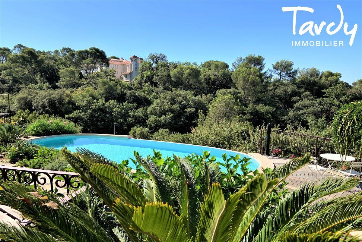 Villa vue mer domaine privé et accès mer - Les Bonnettes 83220 Le Pradet - Le Pradet - Le Pradet