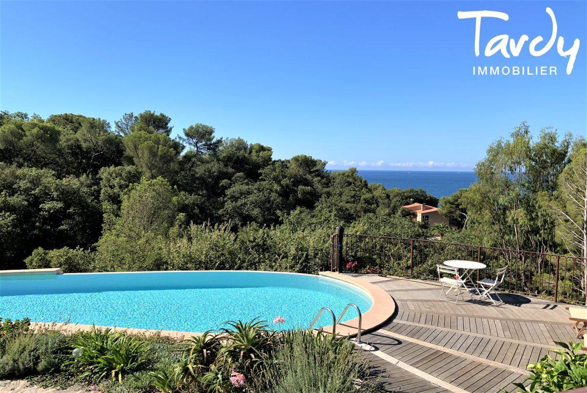 Villa vue mer domaine privé et accès mer - Les Bonnettes 83220 Le Pradet - Le Pradet - Mer à pieds