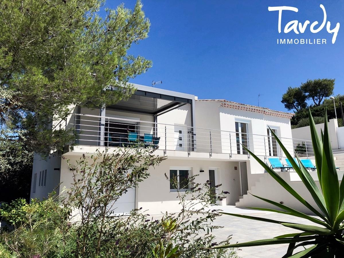 Villa de charme, proche port et plages - 83150 Bandol. - Bandol - PATTE BLANCHE 1ère MARQUE OFF-MARKET EN IMMOBILIER