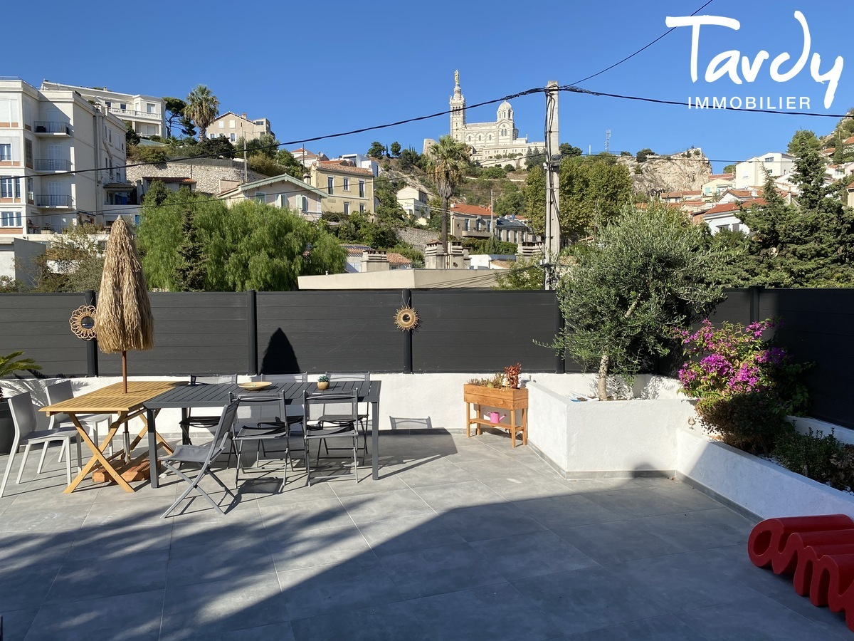 Villa contemporaine, vue dégagée - Roucas blanc 13007 Marseille - Marseille 7ème