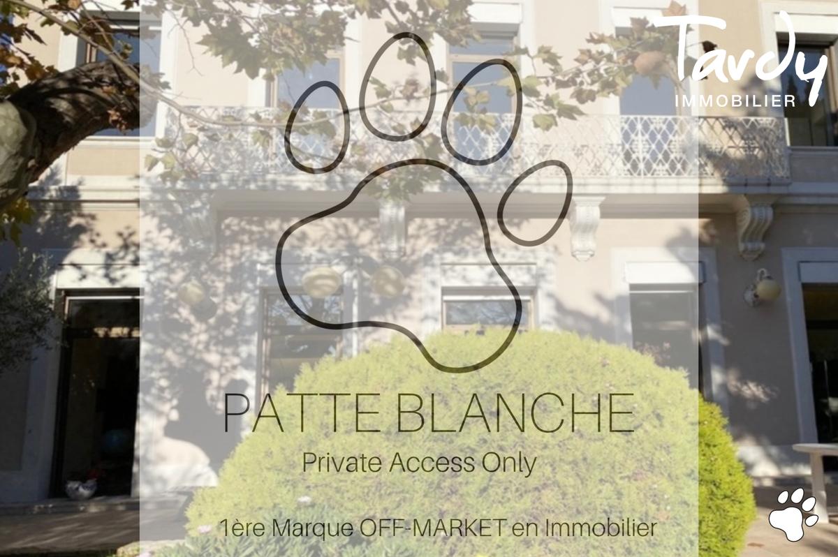 Bastide de charme, bord de mer - 13007 Marseille - Marseille 7ème - Patte Blanche accès Privé Immobilier Off caché