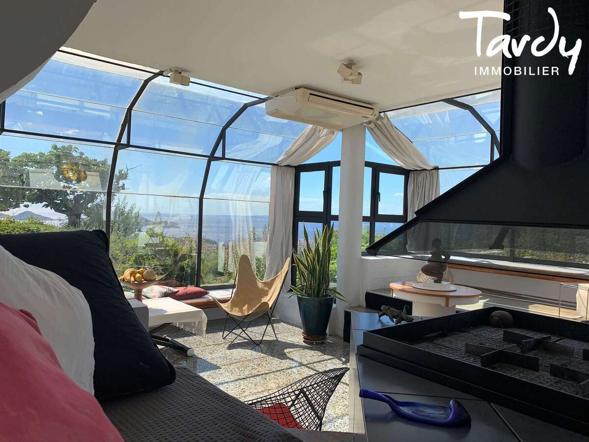 Villa d'architecte d'exception vue Mer ville et collines -Marseille 7ème - 13007 - Marseille 7ème