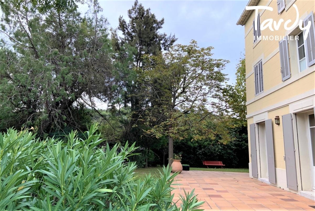 Maison de maître, charme et calme  - Cap Brun 83000 Toulon - Toulon - Proche centre ville de Toulon
