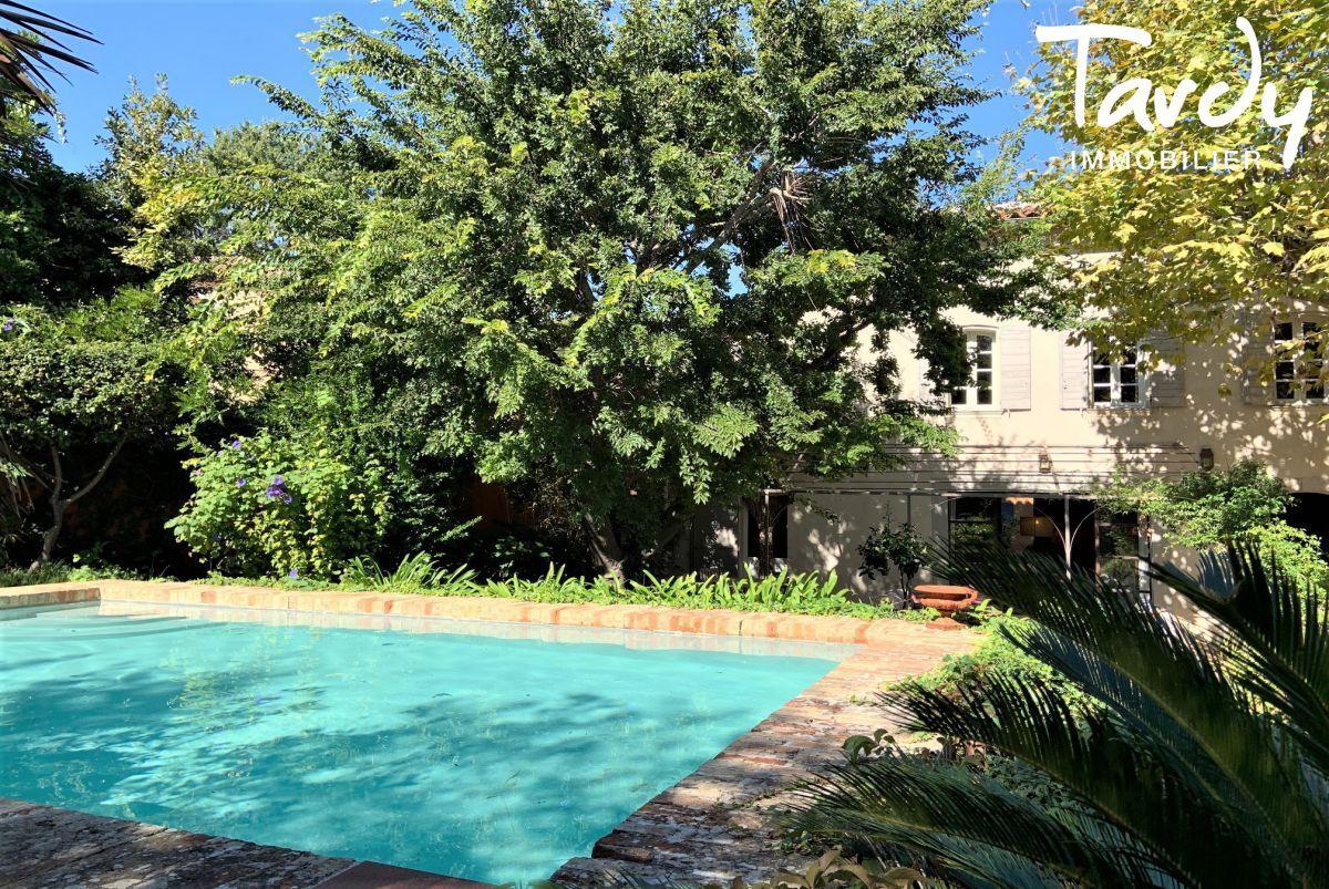 Maison de maître, charme et calme  - Cap Brun 83000 Toulon - Toulon - Proche mer