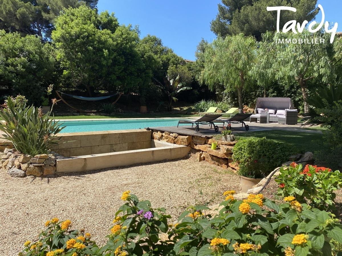 Villa de charme, proche plage, Beaucours - 83110 Sanary sur mer - Sanary-sur-Mer