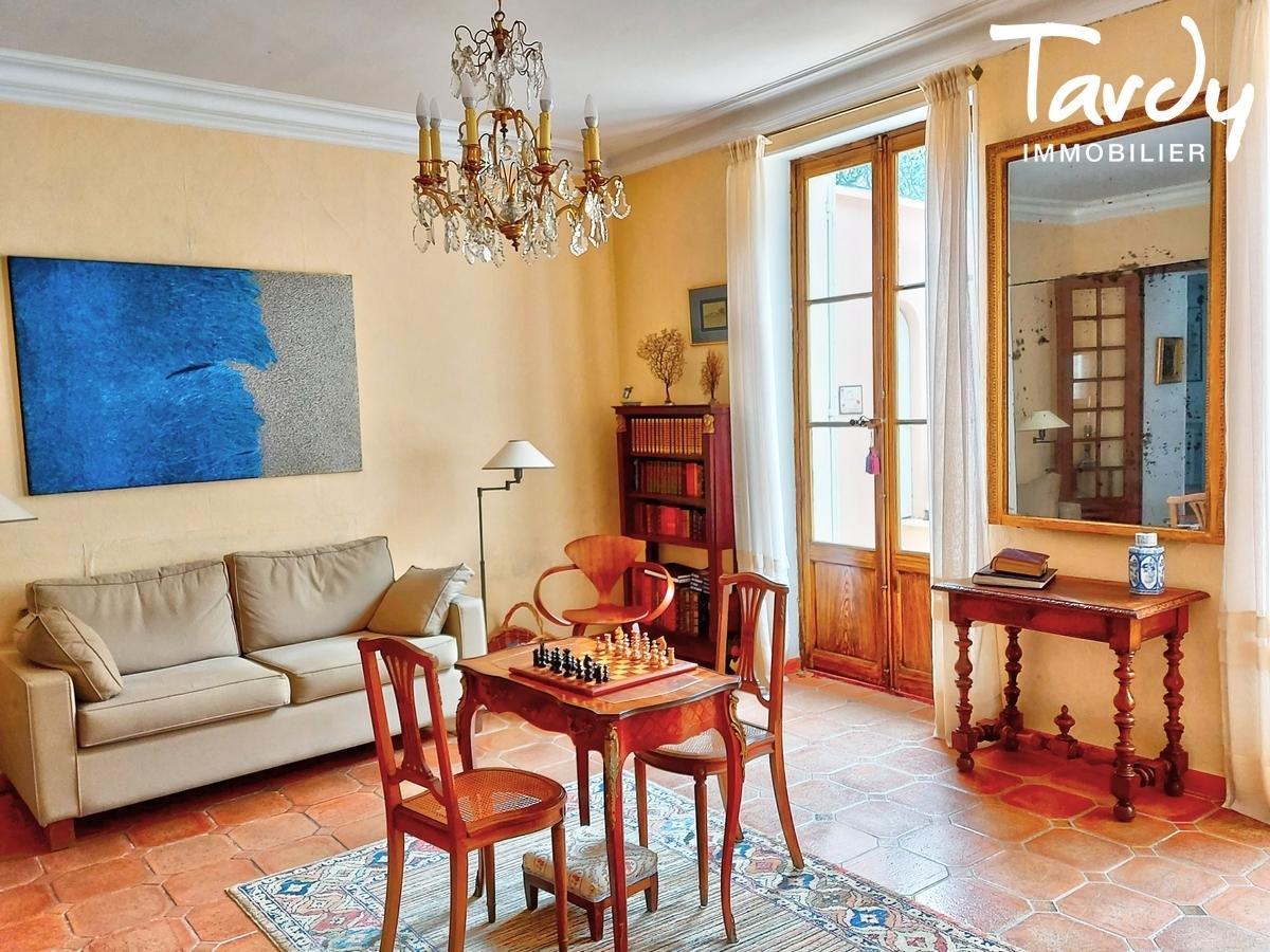 Bastide du 18éme de caractère - Vue exceptionnelle Luberon - 84400 SAIGNON - Bonnieux