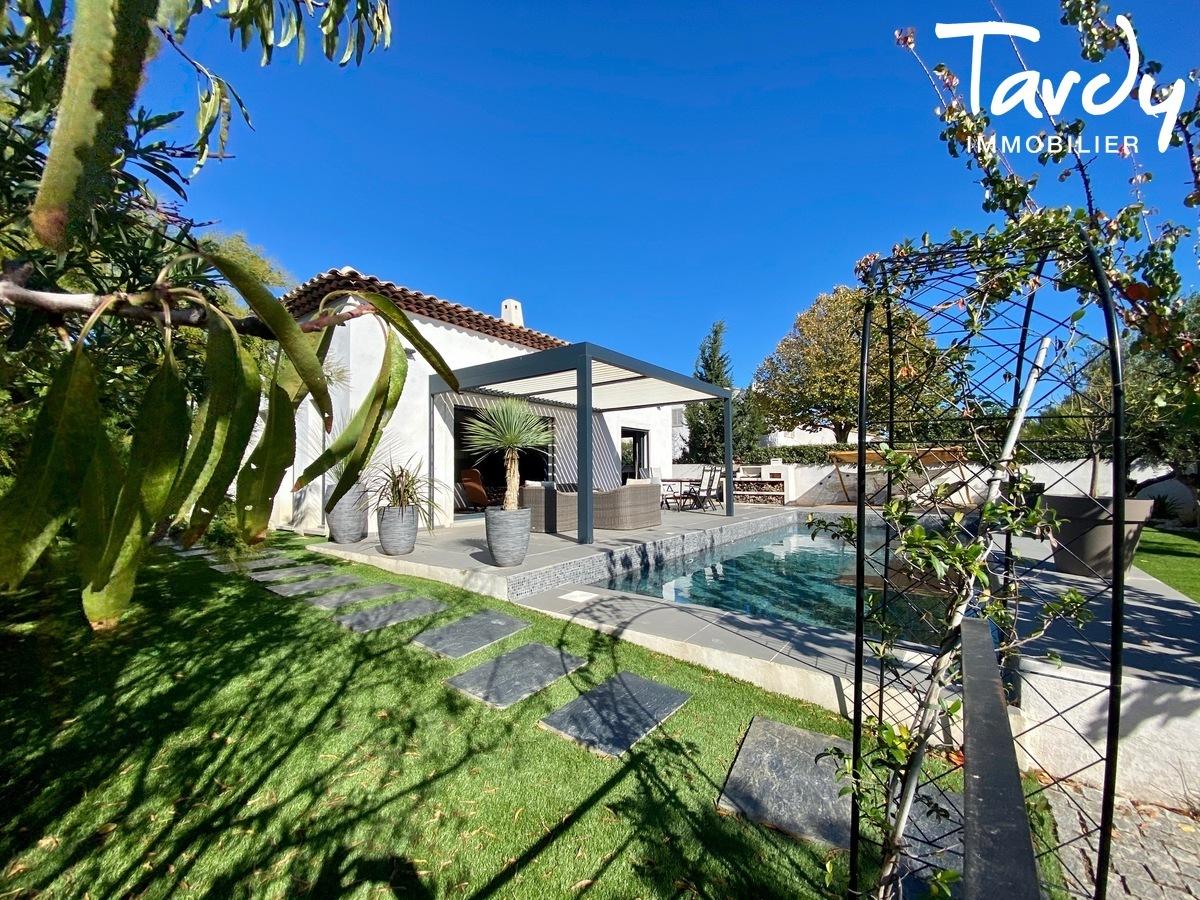 Villa contemporaine de plain pied - 83270 Saint Cyr sur mer - Saint-Cyr-sur-Mer