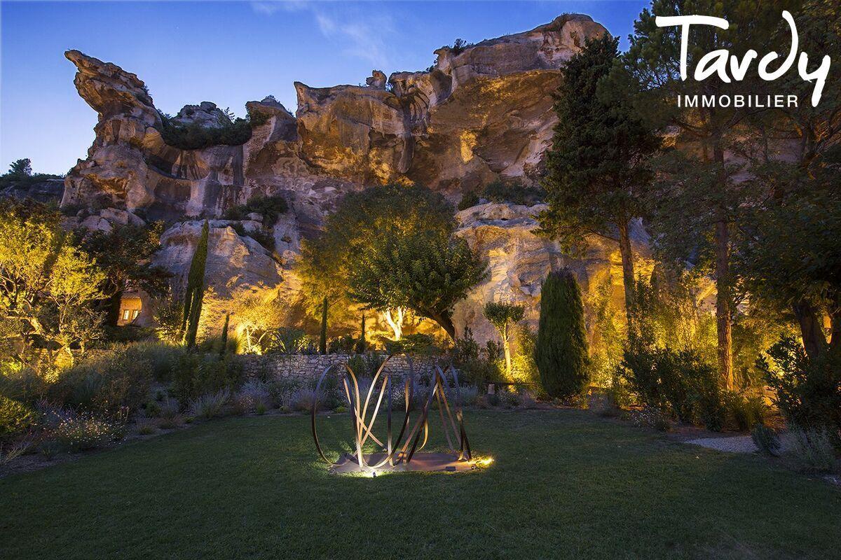 Un site fort dans un village de caractère - 13520 Les Baux de Provence - Les Baux-de-Provence - Propriété exceptionnelle Les Baux de Provence