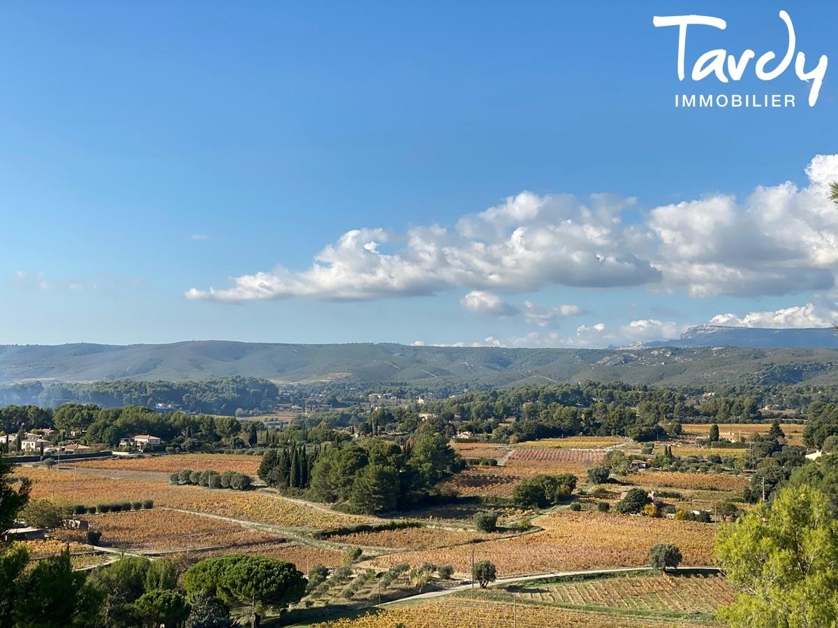 Longère Provençale, les vues, le charme et la pierre -  83330 Le Castellet - Le Castellet