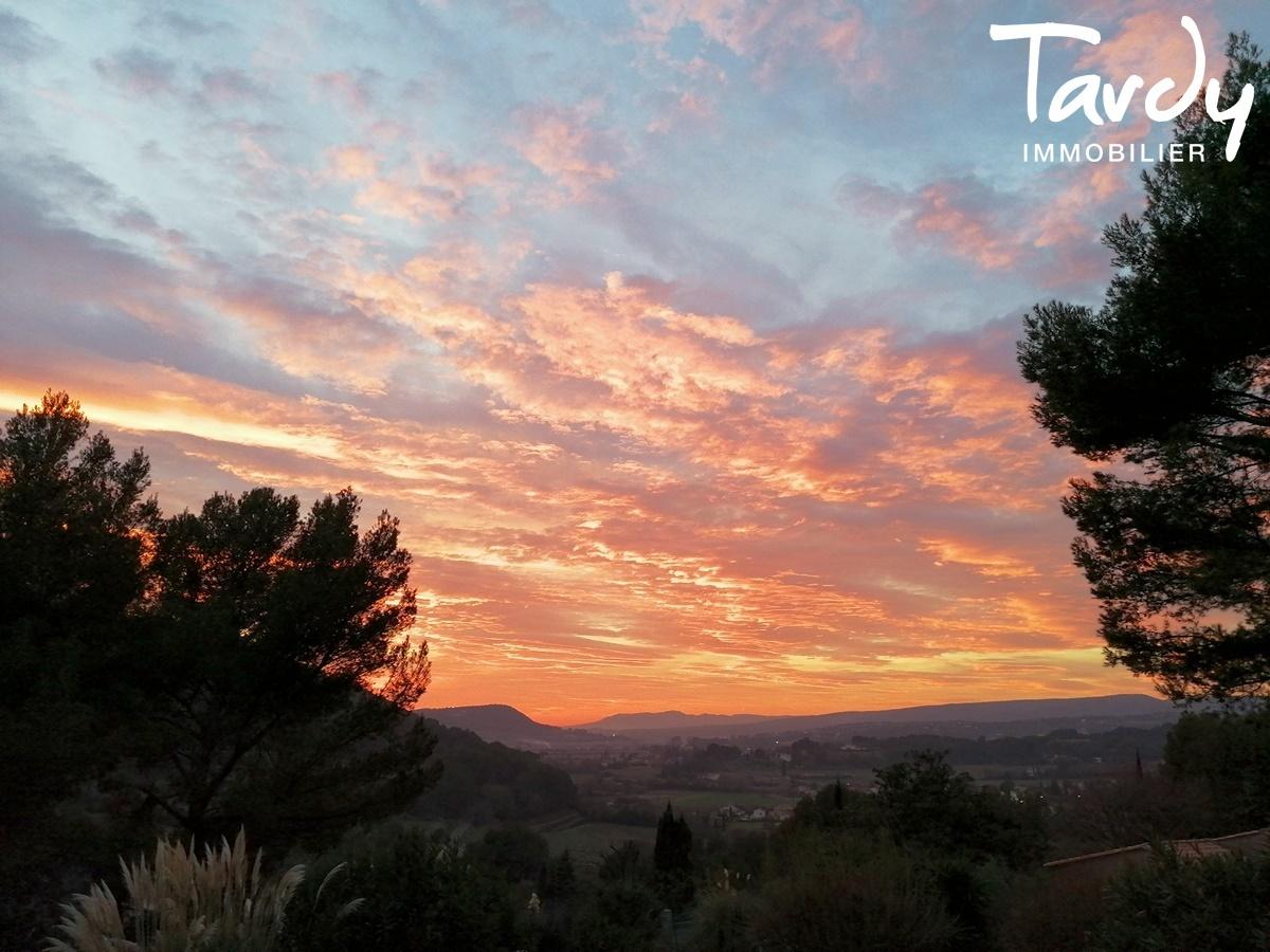 Longère Provençale, les vues, le charme et la pierre -  83330 Le Castellet - Le Castellet - LE CASTELLET