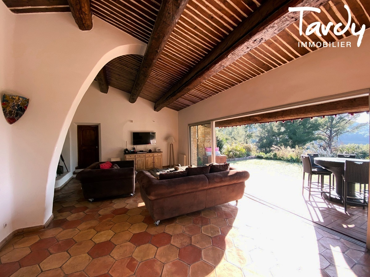 Longère Provençale, les vues, le charme et la pierre -  83330 Le Castellet - Le Castellet - NOUVEAUTE TARDY IMMOBILIER