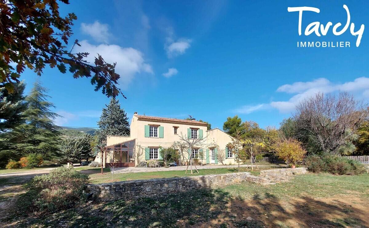 Villa champêtre - environnement privilégié Luberon -  84240 Peypin d'Aigues - Peypin-d'Aigues
