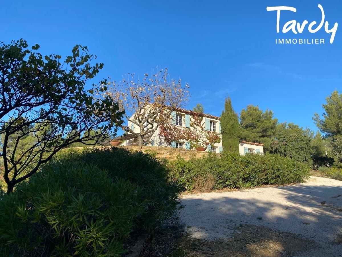 Campagne sur 2 hectares, à 10 min de la plage - 83740 La Cadière d'Azur - La Cadière-d'Azur - Charme et vue mer - Tardy Immobilier