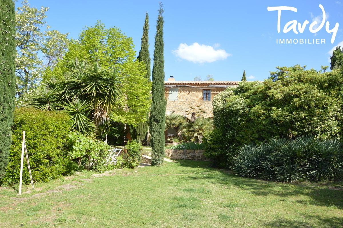 Caractère d'une batisse en pierre, vue mer et collines - 83740 La Cadière d'Azur - La Cadière-d'Azur - La Cadière d'Azur Tardy Immobilier