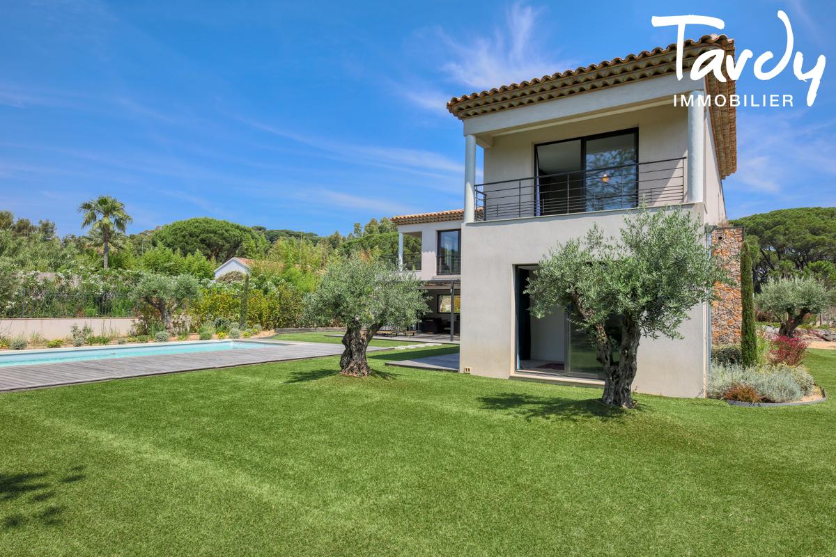 Villa contemporaine - 100 mètres de la plage - Saint Tropez - Saint-Tropez - Villa  neuve d'exception à vendre Cote d'Azur