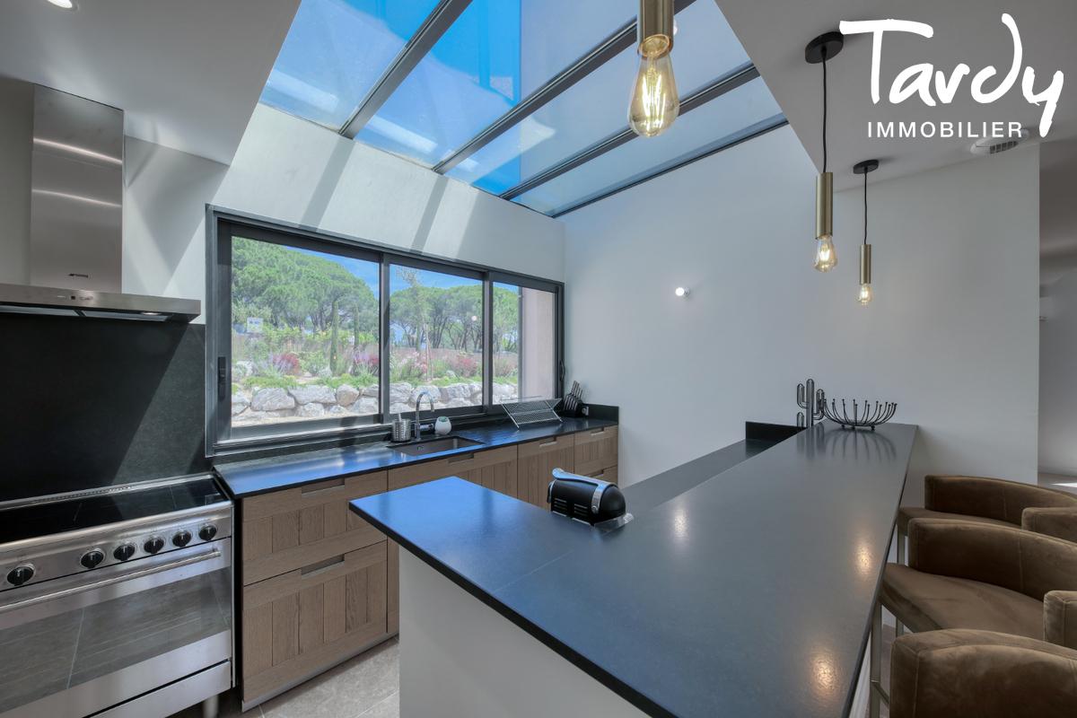 Villa contemporaine - 100 mètres de la plage - Saint Tropez - Saint-Tropez - Villa  à deux pas de la plage
