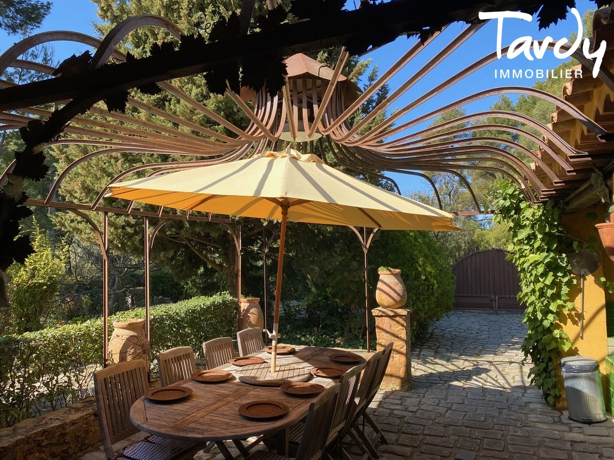 Villa campagne - 83330 Le Castellet - Le Castellet - EXCLUSIVITE TARDY