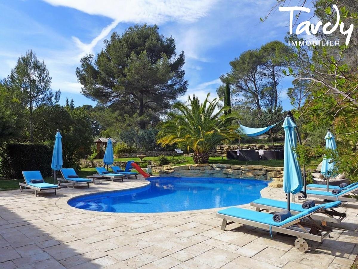 Villa campagne - 83330 Le Castellet - Le Castellet - PATTE BLANCHE 1ère MARQUE OFF-MARKET EN IMMOBILIER