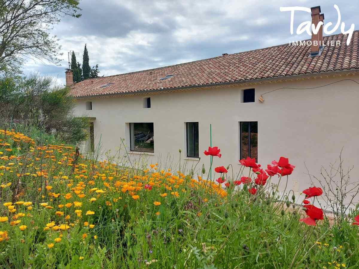 Couvent du XXème de caractère - belle rénovation - 04210 VALENSOLE - Aix-en-Provence