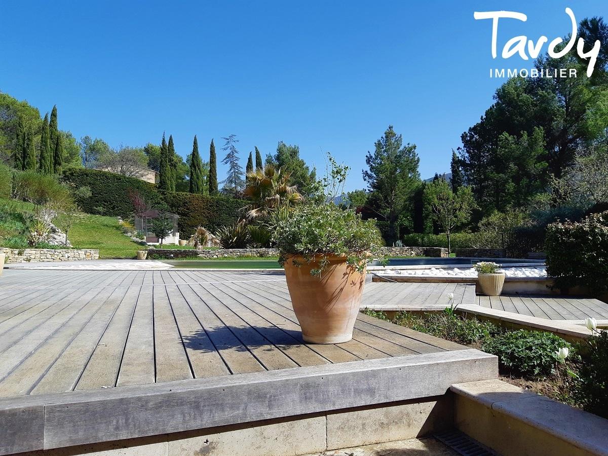 Belle bastide avec dépendances vue Ste Victoire - proche 13100 AIX EN PROVENCE - Aix-en-Provence
