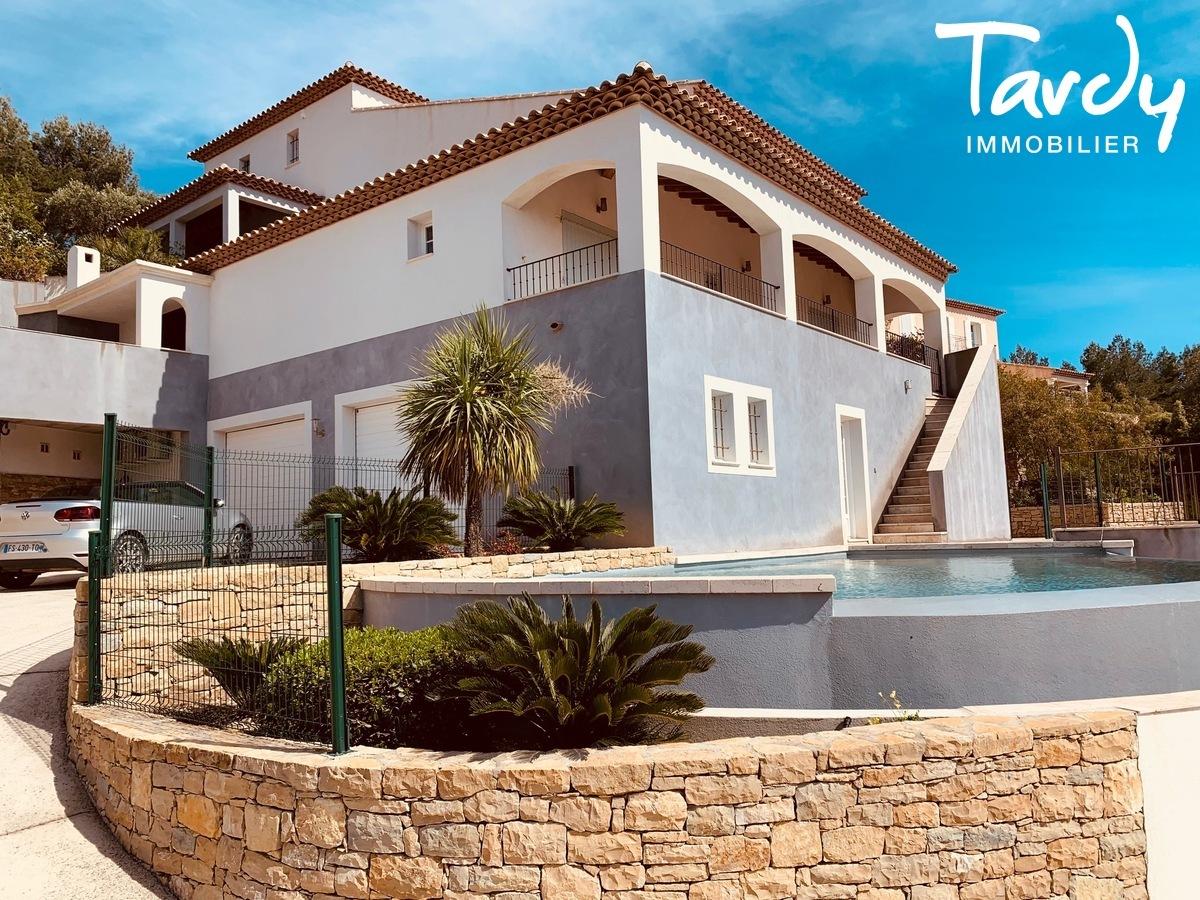Grande villa avec vue - La garduère  Bandol 83150 - Bandol - Maison mur en pierre Bandol