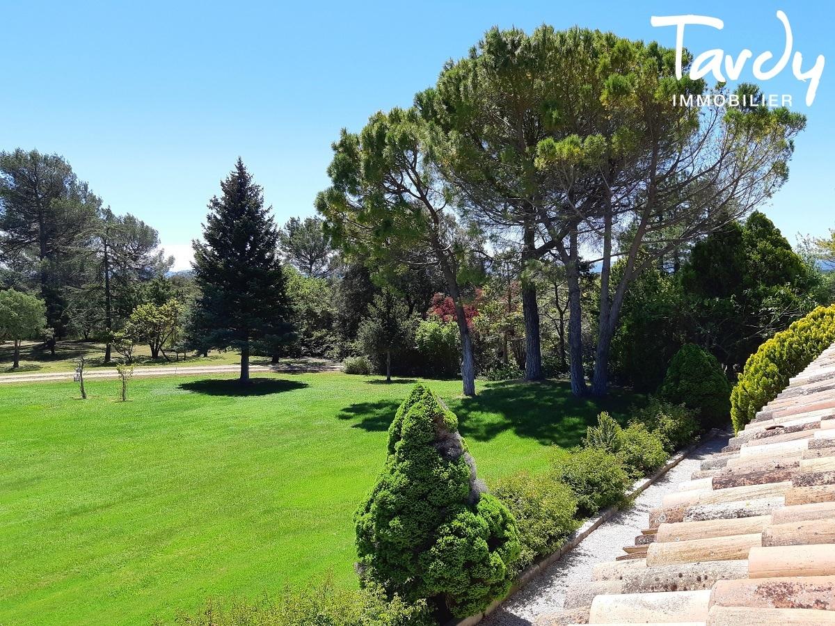 Belle bâtisse du 17ème de caractère - 520 hectares - 83 470 Provence Verte - Cotignac