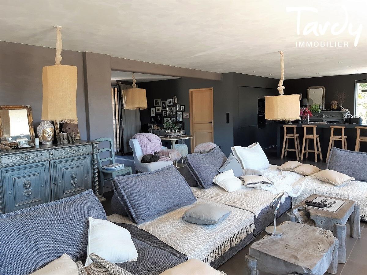 Maison contemporaine avec vue dominante - 04100 Manosque - Pierrevert