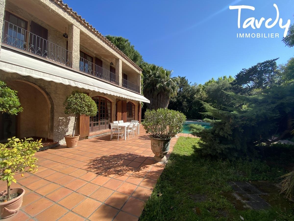 Villa parc privé proche de la mer - 13008 Marseille  - Marseille 8ème