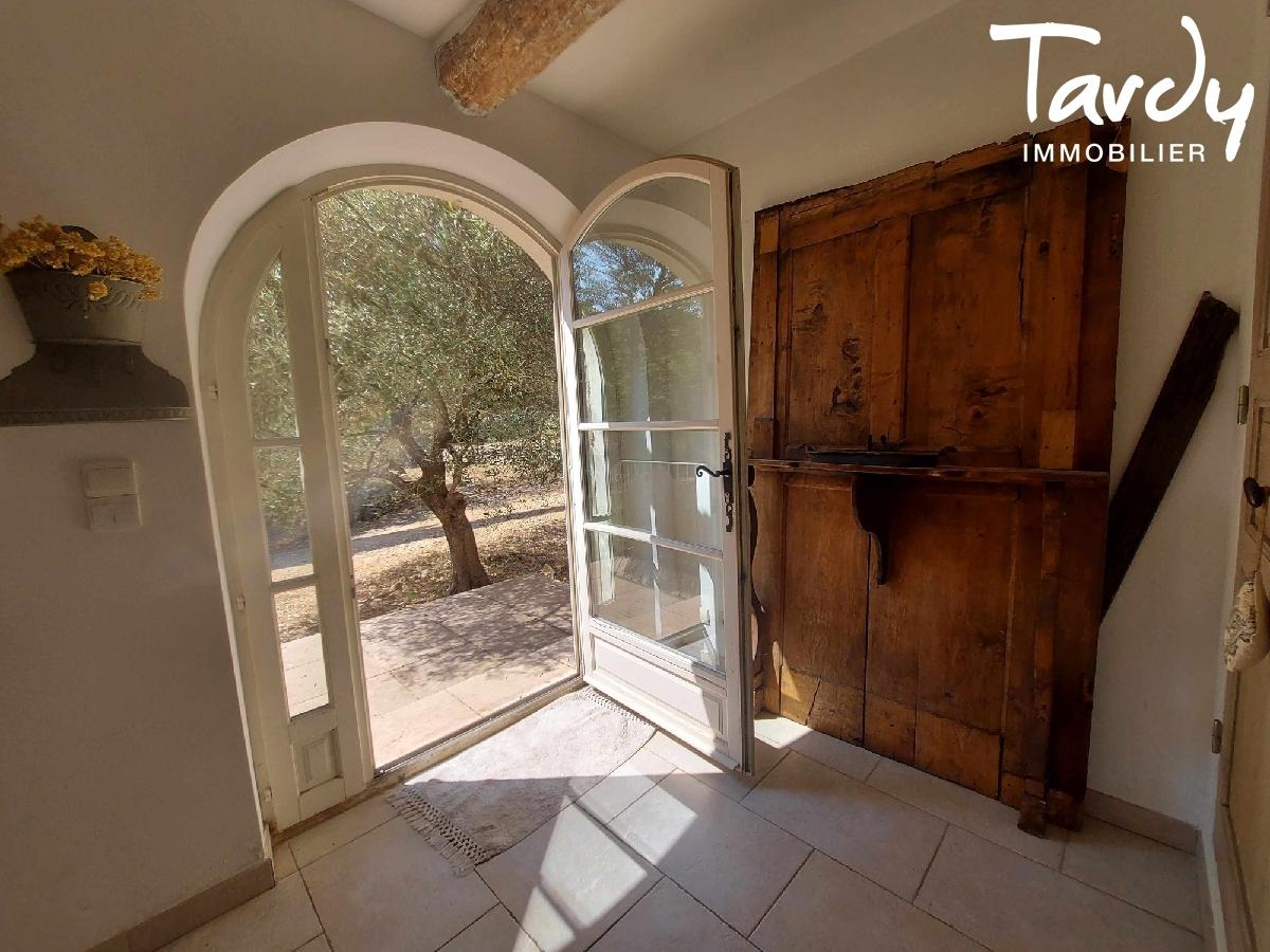 Villa de caractére - amoureux de la nature - 83870 SIGNES - Le Beausset