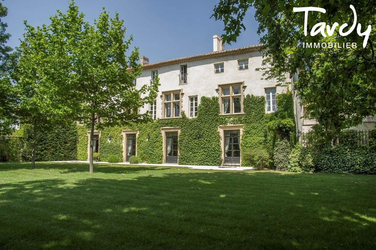Château d'exception avec caractère - Proche 84000 AVIGNON - Avignon