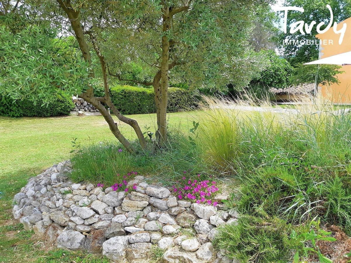 Domaine de caractère du 17ème en Luberon - 50 minutes d'AIX EN PROVENCE - Aix-en-Provence