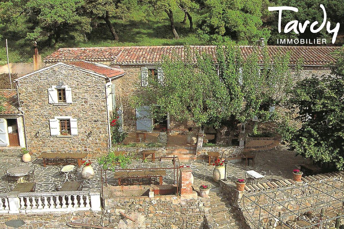 Bastide en pierre sur 6,5 hectares - 83310 GRIMAUD - Grimaud - Luxury Villa South of France
