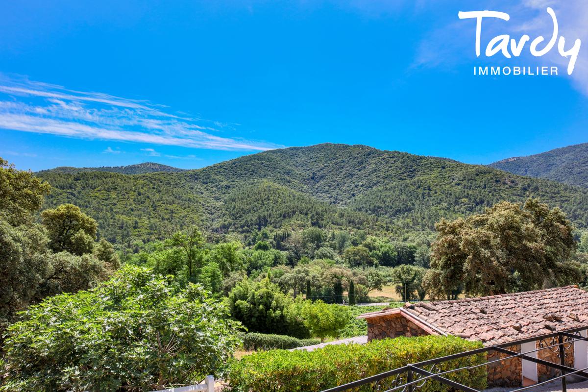 Bastide en pierre sur 6,5 hectares - 83310 GRIMAUD - Grimaud - maison en pierre saint-tropez