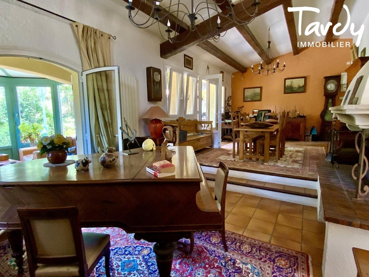 Villa de charme, proche plages et port, la Cride - 83110 Sanary sur mer - Sanary-sur-Mer