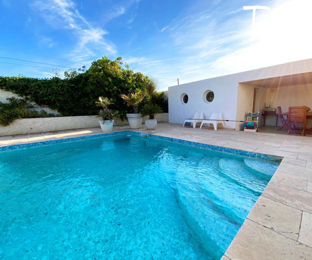 Villa vue mer, proximité plage et commerces, Cap Nègre - 83140 Six Fours Les Plages - Six-Fours-les-Plages