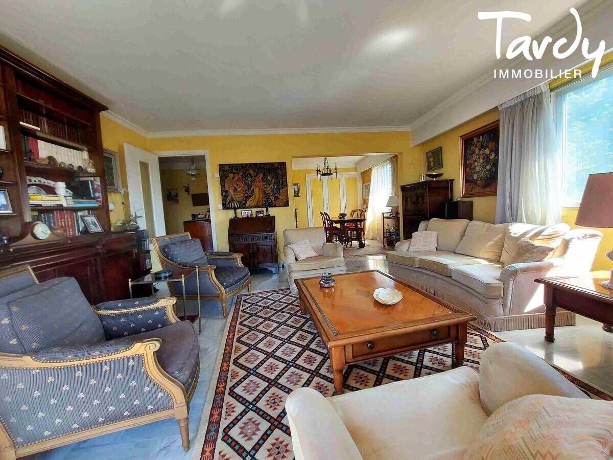 Appartement 91 m². garage - vue mer - 06160 JUAN LES PINS - Juan les Pins