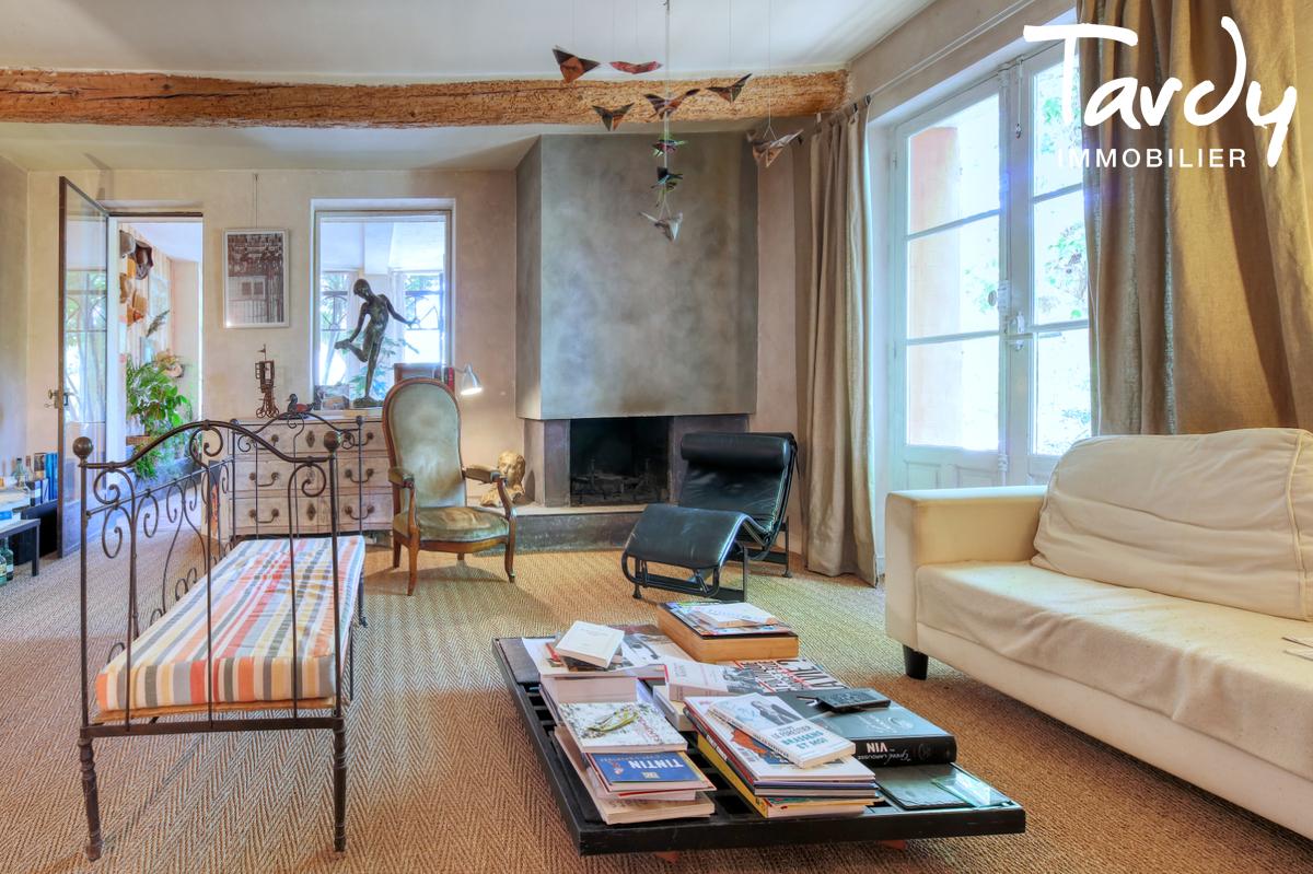 Propriété au calme sur 3,2  hectares - 83510 LORGUES - Lorgues - Provence Schloss mit Land