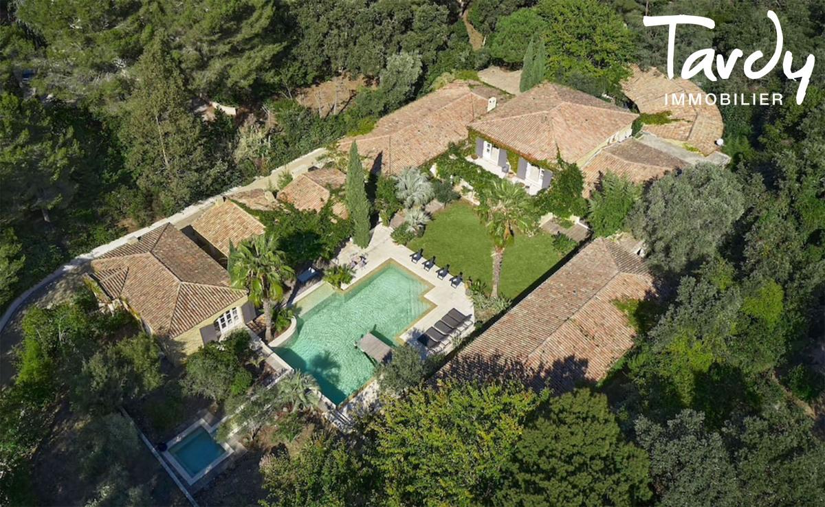 Belle propriété familiale, proche plage et port, Cap Bénat - 83230 Bormes Les Mimosas - Bormes-les-Mimosas - Bormes-les-mimosas