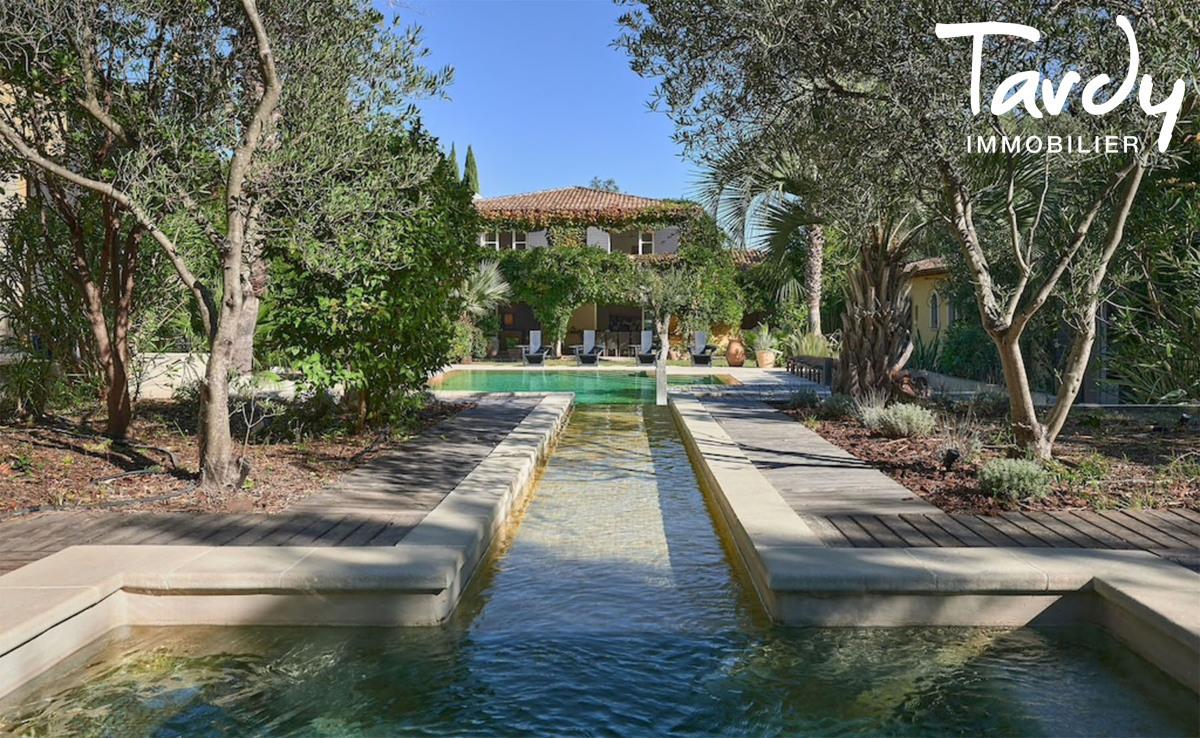 Belle propriété familiale, proche plage et port, Cap Bénat - 83230 Bormes Les Mimosas - Bormes-les-Mimosas - luxury properties