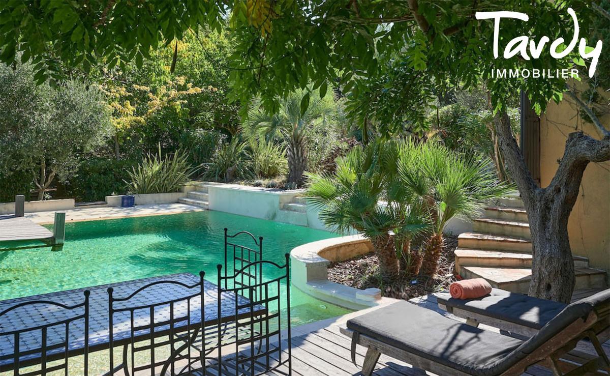 Belle propriété familiale, proche plage et port, Cap Bénat - 83230 Bormes Les Mimosas - Bormes-les-Mimosas - villa avec piscine