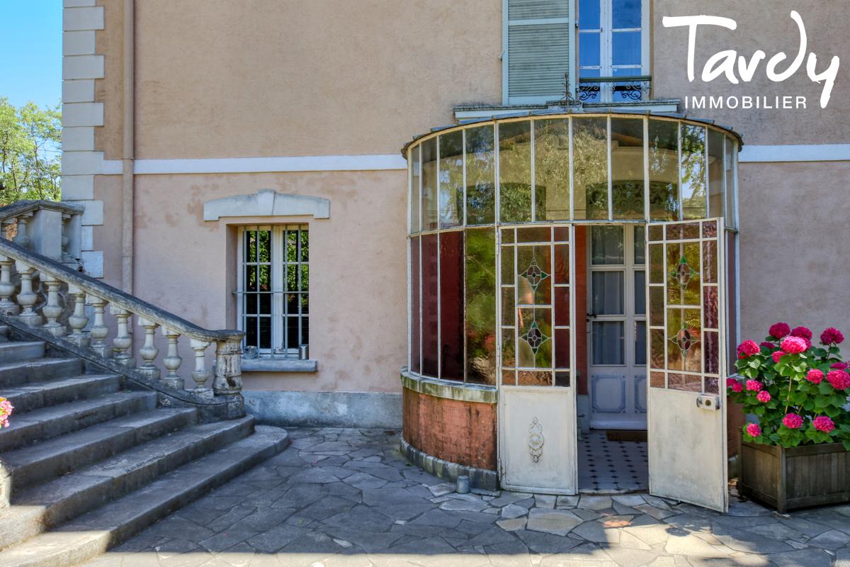 Propriété au calme- grand terrain - 83300 DRAGUIGNAN - Draguignan - Manor house with large plot for sale