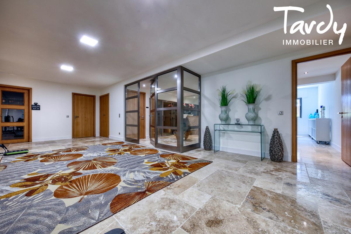 Villa  neuve contemporaine vue mer 83380 LES ISSAMBRES - Les Issambres - zeitgemäße villa saint tropez