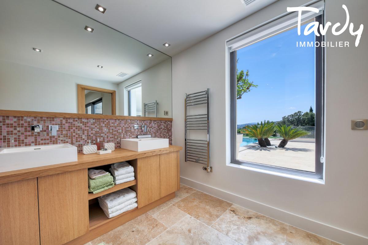Villa  neuve contemporaine vue mer 83380 LES ISSAMBRES - Les Issambres - Villa de luxe avec sauna piscine vue mer var côte d'Azur