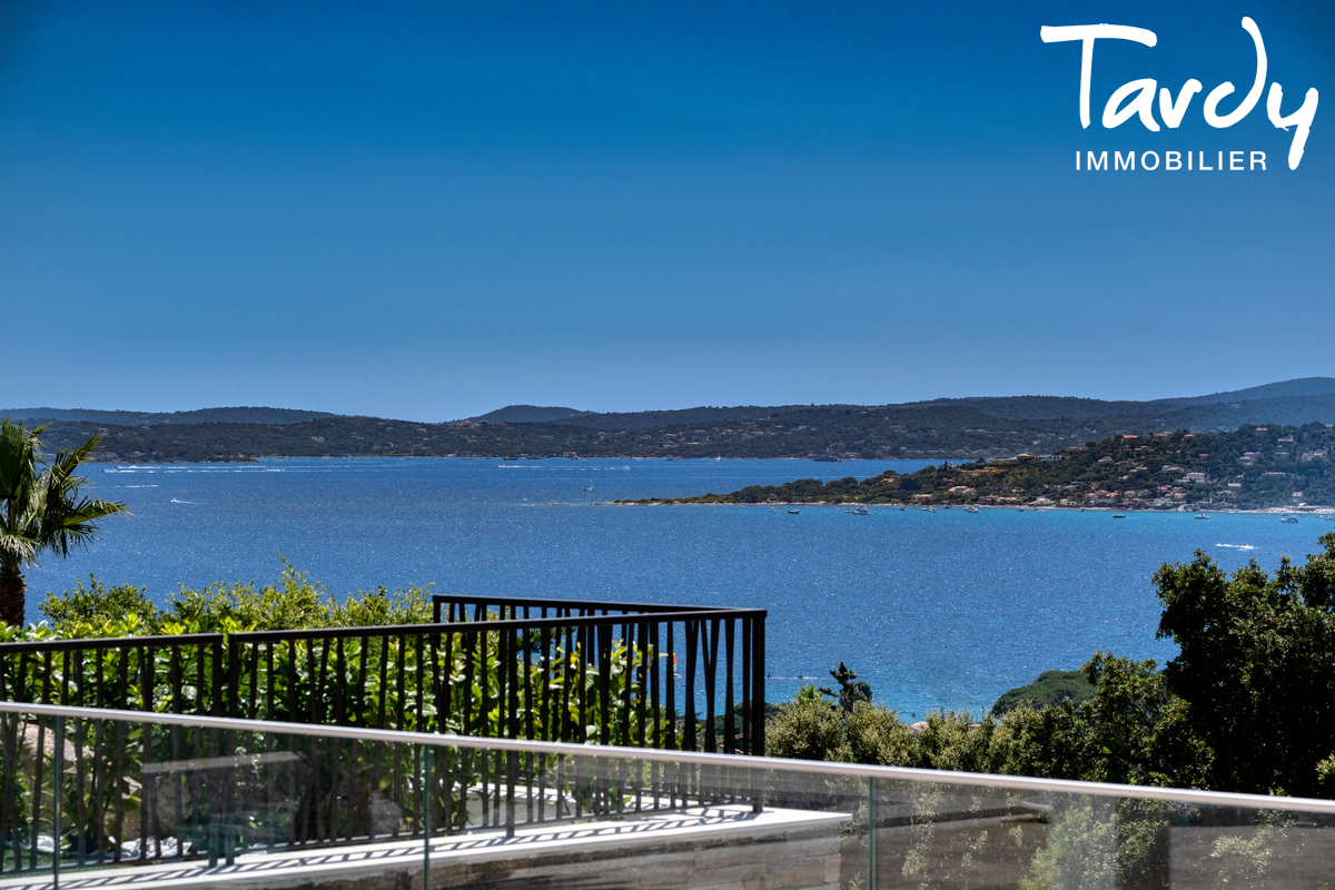 Villa  neuve contemporaine vue mer 83380 LES ISSAMBRES - Les Issambres - Charles Tardy Immobilier Saint Tropez