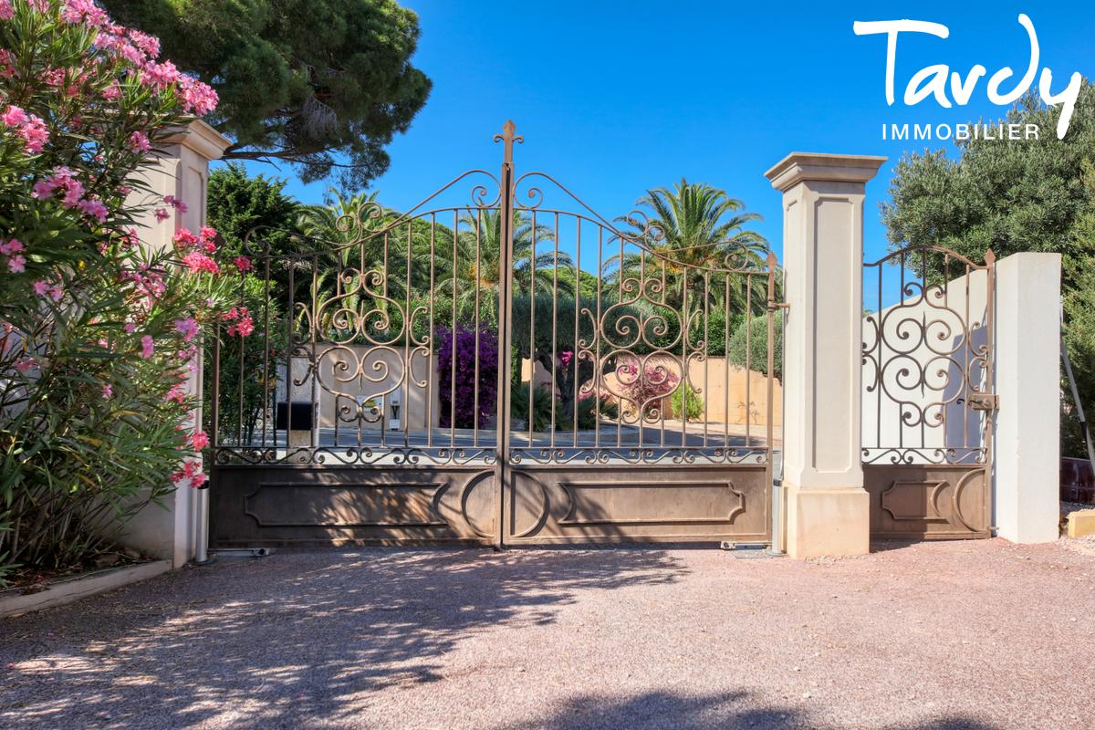 Villa récente dans domaine sécurisé- 83120 SAINTE MAXIME - Sainte-Maxime - moderne villa mit meerblick sainte maxime